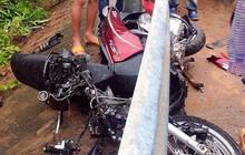 Xe tải lấn đường tông nát xe máy SH, 1 người chết, 1 người nguy kịch