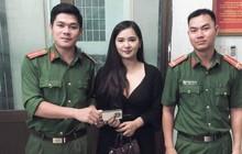 Công an Đà Nẵng tìm lại túi xách có đựng iPhone X và 1.200USD bỏ quên cho nữ du khách Thái Lan