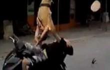 """CSGT bị đâm hất tung, chiến sĩ chạy xe máy sau đối tượng chỉ """"vô tình đi ngang qua"""""""