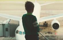 """Giới chức Anh điều tra vụ bé trai 13 tuổi """"đi nhờ"""" máy bay"""