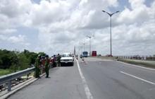 Hà Nội: Tài xế ô tô bị công an bắt giữ sau khi gây tai nạn liên hoàn rồi bỏ trốn