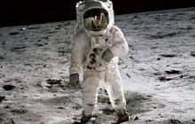 Những khoảnh khắc lịch sử khi loài người đặt chân lên Mặt Trăng 50 năm trước