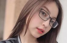 Nhật Lê và Quang Hải đồng loạt bỏ relationship trên Facebook, lại sắp có biến gì đây?