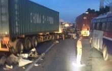 Hải Dương: Lại xảy ra tai nạn trên Quốc lộ 5, ùn tắc kéo dài hàng giờ