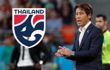 """Thái Lan chính thức có tân HLV trưởng kể từ sau trận thua tuyển Việt Nam, tạo nên """"cuộc chiến ngầm"""" Hàn Quốc và Nhật Bản"""