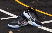 Trên tay giày tự thắt dây, điều khiển bằng ứng dụng di động của Nike