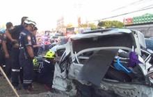 Ô tô lật ở Thái Lan khiến 4 công nhân Myanmar thiệt mạng