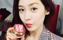 """Ngoài Jang Nara, xứ Hàn còn có """"Nữ hoàng tuyết"""" Sung Yu Ri cũng là mỹ nhân """"mãi không chịu già"""" dù gần 40 tuổi"""