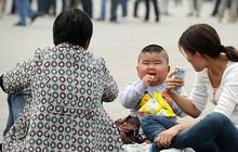 Trung Quốc: Các cặp vợ chồng trẻ không dám sinh con thứ 2 vì sợ không đủ tiền nuôi