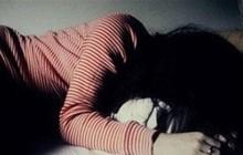Nam thanh niên tới nhà chơi rồi hiếp dâm con gái 13 tuổi của người tình