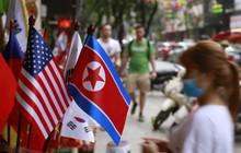 """Không khí thượng đỉnh Mỹ-Triều tại Việt Nam """"phủ sóng"""" truyền thông quốc tế"""