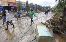 Ít nhất 80 người thiệt mạng trong trận lũ quét lịch sử ở Papua, Indonesia