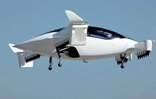 """Ra mắt """"taxi bay"""" điện đầu tiên trên thế giới"""