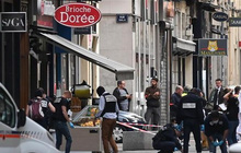 Cảnh sát Pháp truy tìm nghi phạm vụ nổ bom ở Lyon