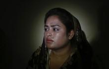 """Chấp nhận lấy chồng Trung Quốc để """"đổi đời"""", cô gái bị biến thành món hàng, khóc lóc cầu cứu vì cuộc sống như địa ngục trần gian"""