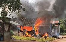 Tiếng nổ lớn phát ra từ nhà, 1 phụ nữ bị bỏng nặng