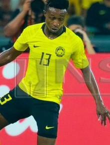 Bất ngờ: Malaysia chịu đến 2 thẻ đỏ chứ không phải 1 trong trận chung kết lượt về AFF Cup 2018