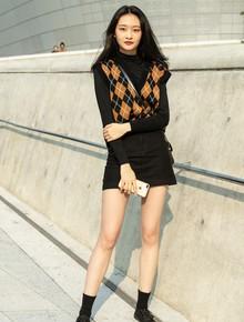 Ngắm street style giới trẻ Hàn tuần qua, bạn sẽ gom được cả rổ cách phối đồ thoải mái mà đẹp quên sầu cho thu này