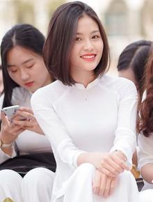 Trường Việt Đức chào mừng ngày 20/11: Đã mắt ngắm dàn nữ sinh xinh ngây ngất trong tà áo dài