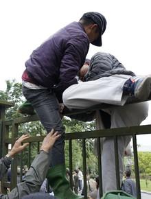 Hàng trăm người lạ phá cửa tràn vào VFF, cán bộ Liên đoàn kêu gào vì sợ hãi