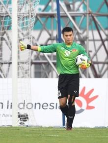 TRỰC TIẾP (H2) Olympic Việt Nam 1-0 Olympic Nhật Bản: Thủ thành Bùi Tiến Dũng cứu thua