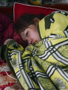Hai người con gái lần lượt mất trong vòng chưa đầy 2 tháng, người mẹ trẻ đau đớn trở nên liệt nửa người