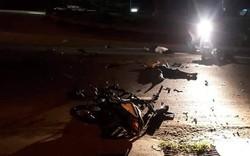 Hai xe máy nát bét sau va chạm kinh hoàng trong đêm, 3 nam thanh niên chết thảm