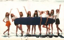 Thừa nhận để hình nền điện thoại là SNSD 9 thành viên, Yuri khiến fan xúc động nghẹn ngào
