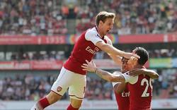 """Arsenal 4-1 West Ham: Quà tri ân """"Giáo sư"""" Wenger"""