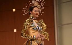 Ngắm hình thể quyến rũ của Á hậu Tường San tại cuộc thi Hoa hậu Quốc tế 2019