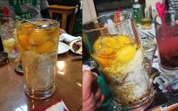 Ăn cơm với một quả trứng sống thôi thì chưa đủ, người Nhật còn cuồng trứng sống đến độ này đây
