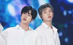 Bị chính fan chê bai tài vũ đạo, Jin và RM (BTS) phản ứng ra sao mà ai cũng xót xa?