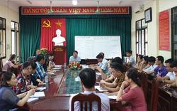 Coi thi tại điểm nóng gian lận Hoà Bình, các giám thị từ Hà Nội xuống nói gì?