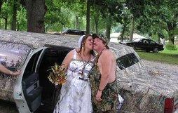 17 cô dâu hóa tuồng chèo khi khoác lên mình những thảm họa váy cưới