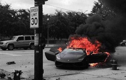 16 tai nạn chứng tỏ cuộc đời này về cơ bản là đen, chứ đỏ thì quên đi