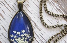 Lưu giữ vẻ đẹp thiên nhiên cùng những mẫu trang sức mang hơi thở mùa hè