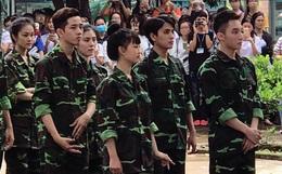 """Hình ảnh điển trai cực ngầu của """"anh lính"""" Sơn Tùng M-TP đang hot rần rần đây này!"""