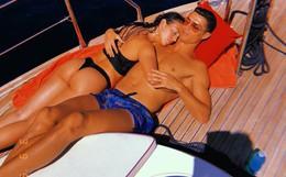 Thông tin về cô gái vừa được Cristiano Ronaldo cầu hôn: Người mẫu 9X thân hình nóng bỏng, cha là trùm ma túy