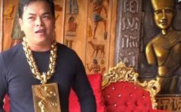 """Tận mắt cơ ngơi dát vàng của đại gia đeo 13kg vàng cổ vũ tuyển Việt Nam """"nổi rần rần"""" trên báo TQ"""