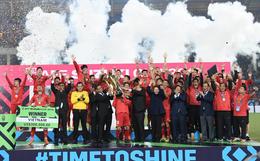 Tuyển Việt Nam vô địch AFF Cup sau chiến thắng chung cuộc 3-2 trước Malaysia