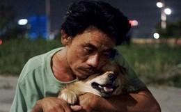 Điều kỳ diệu đã xuất hiện: Chú chó mù trở về bên anh đánh giày câm sau hơn nửa tháng mất tích