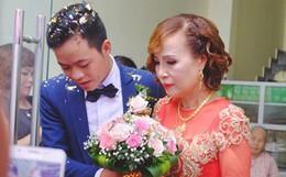 Cô dâu 62 tuổi mặc áo dài đỏ, rạng rỡ cùng chú rể 26 tuổi trong ngày cưới