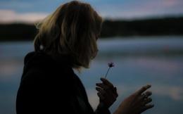 Nếu một ngày người cũ có người yêu mới, bạn có thấy buồn không?