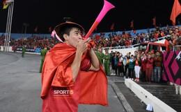 Duy Mạnh lo lắng cho sự an toàn của fan khi đi bão mừng chiến thắng