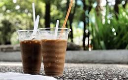 Chủ Nhật thảnh thơi, sao không đi cà phê bệt ngồi ngắm nhìn phố phường Sài Gòn?