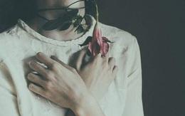 Khi bạn yêu hai người cùng một lúc thì đừng chọn ai cả, để cho họ đi đi