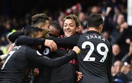 Arsenal thắng đậm Everton với 3 bàn ghi ở phút bù giờ