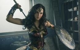 Bí quyết cho đôi chân thon dài quyến rũ như Wonder Woman