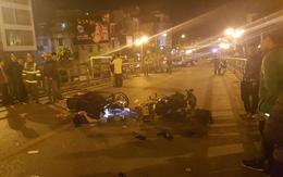 Hà Nội: 3 nam thanh niên chở nhau trên xe SH đâm thẳng vào xe máy chạy ngược chiều, 1 người chết, 2 người phải nhập viện
