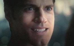 """Đã tìm ra lý do khiến cơ mặt Henry Cavill đơ như tượng sáp trong """"Justice League""""!"""